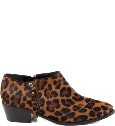 Bota Chillin' Animal Print